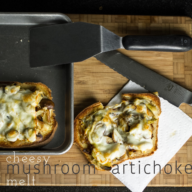 This cheesy mushroom artichoke melt is a quick, simple, delicious, and even pretty healthy weeknight meal! | chattavore.com