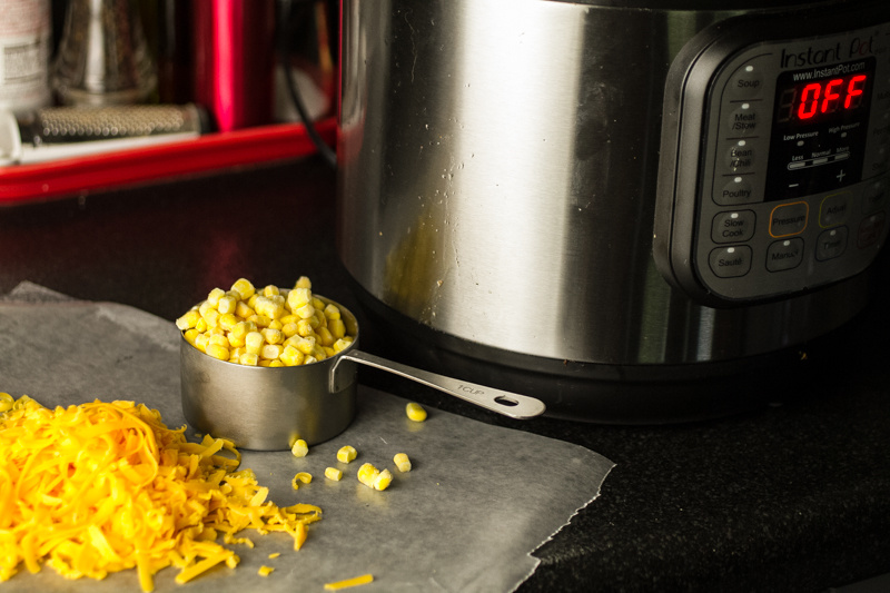 This cheesy chili mac hardly requires any effort. It's made in your pressure cooker or Instant Pot, so it's ready in 45 minutes, mostly hands-off!   recipe from Chattavore.com