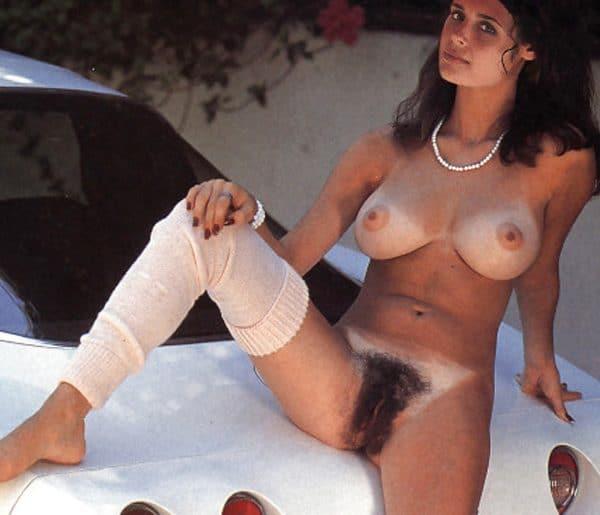 chatte poilue italienne nue