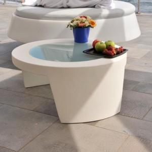 table basse design ronde pour exterieur ou interieur en polyethylene couleur dim 80xh34cm