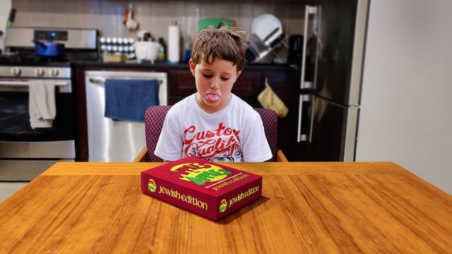 Jewish Apples to Apples not as Fun as Local Third Grader Expected