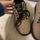 Found a cool pair of shoes, in need of an explanation as to what they are. And maybe a translation?