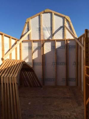 barn-style-gambrel-shed-framing