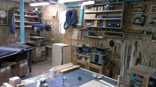 11-storage-shed-finished-inside-walls