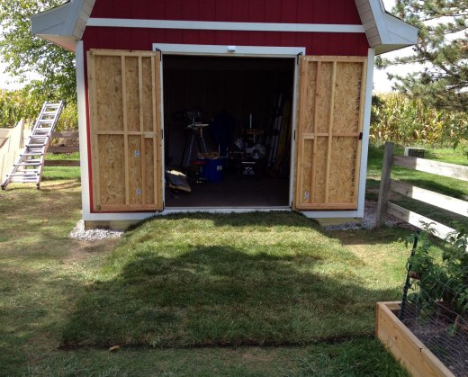 barn-style-gambrel-roof-shed-ramp