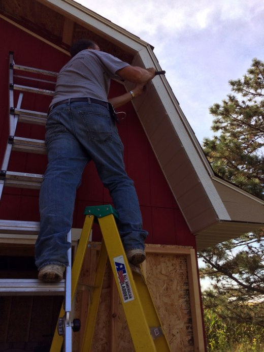 barn-style-gambrel-roof-shed-soffits-installation