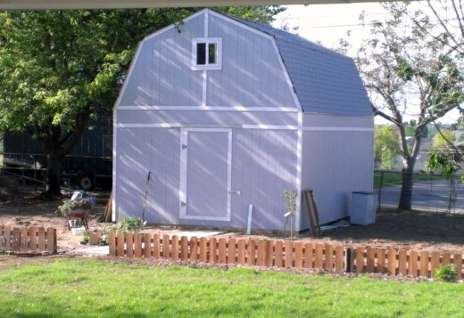 tall-barn-style-shed-single-door