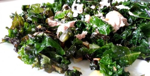Sautéed Kale and Tuna Salad