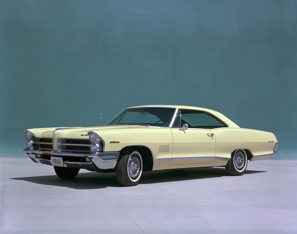 25 Classic Muscle Cars That Are Easy to Restore 1965 Pontiac Catalina 2 2