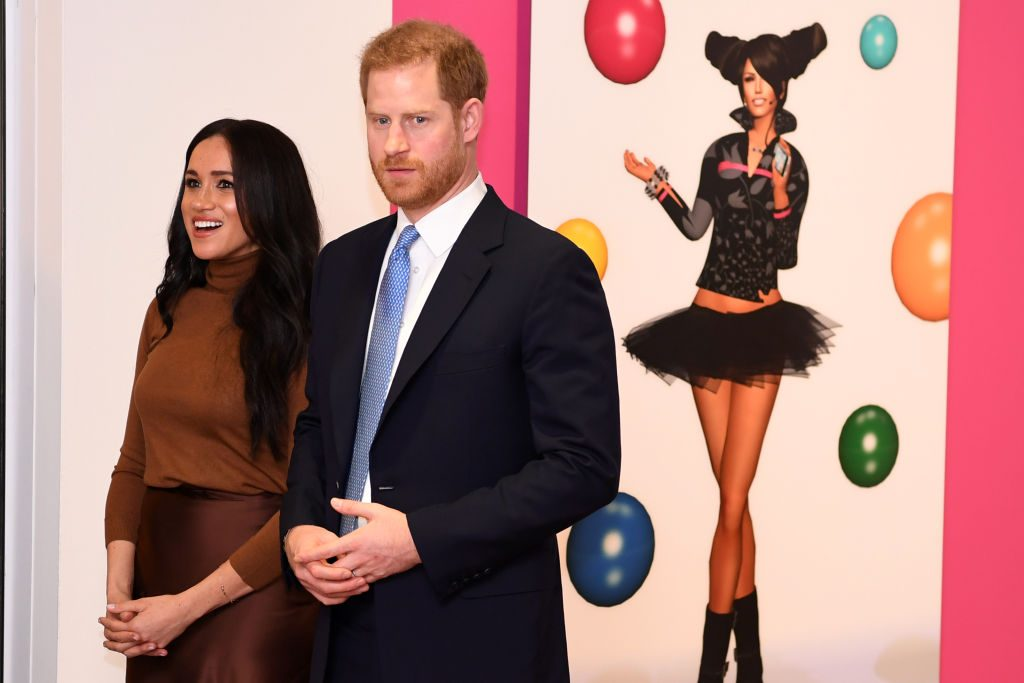 Prince Harry and Meghan enjoy a special art exhibition in Canada