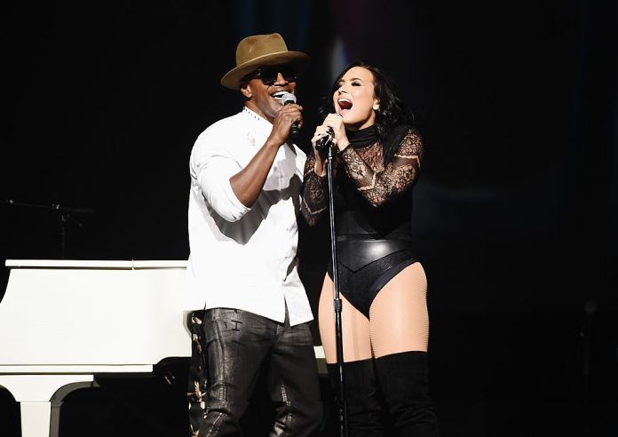 Jamie Foxx and Demi Lovato presented the July 8, 2016 in the city of New York