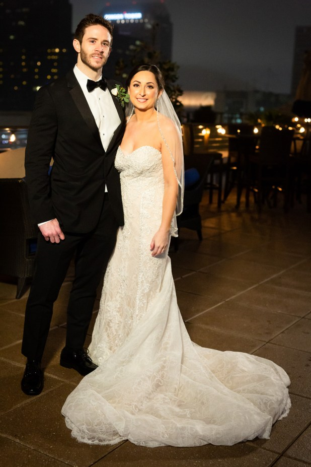 Brett and Olivia get married in the first season season 11