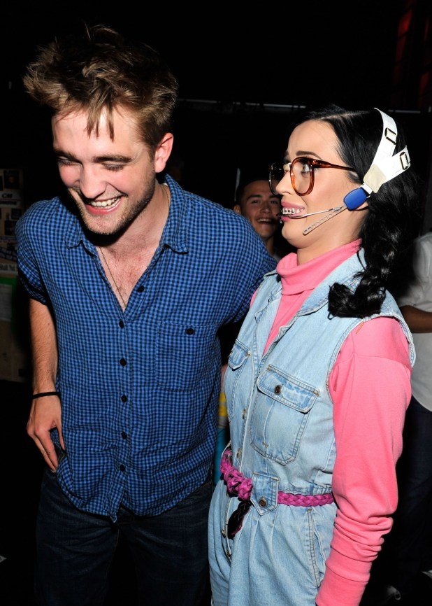 Robert Pattinson and host Katy Perry in 2010 at the Teen Choice Awards on August 8, 2010.