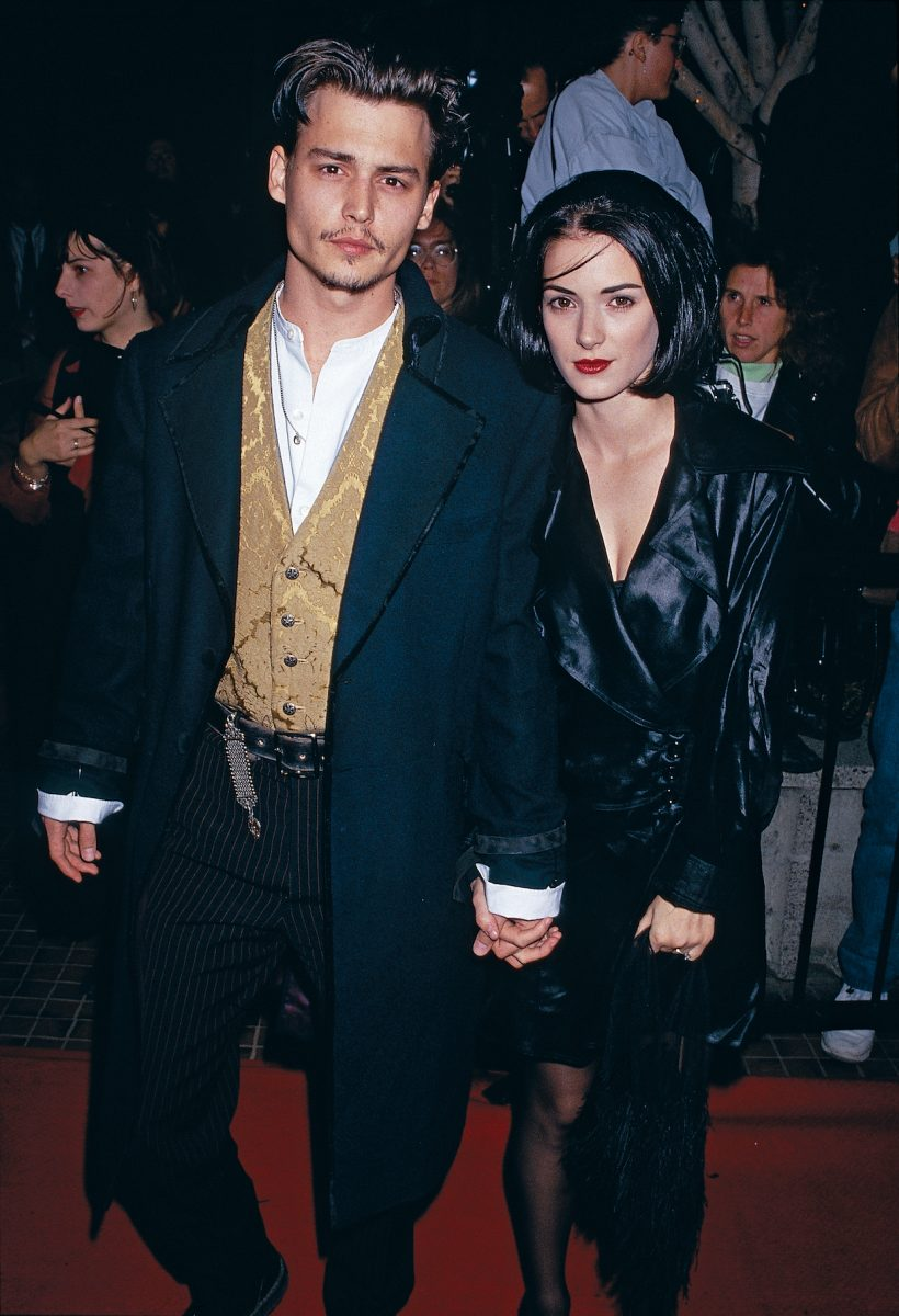 Johnny Depp and actress Winona Ryder reach the premiere of 'Edward Scissorhands'