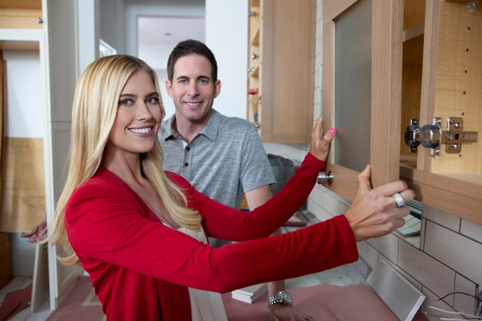 Tarek El Moussa and Christina Hack in a promo photo for 'Flip or Flop' in 2017