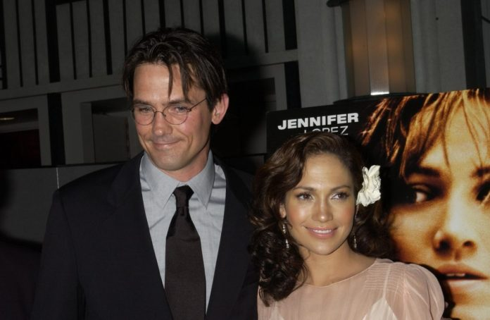 Jennifer Lopez and Billy Campbell at the 'Enough' premiere