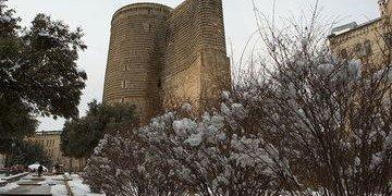 АЗЕРБАЙДЖАН. Девичья башня в Баку вошла в топ-5 романтических мест стран СНГ