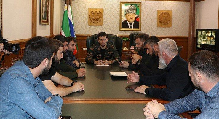 ЧЕЧНЯ. Хас-Магомед Кадыров провел совещание по итогам второго дня голосования