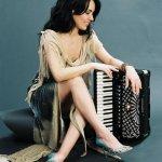 """η Ζωή Τηγανούρια στο """"απόγειο"""" της καριέρας της με Συμφωνική Ορχήστρα !"""