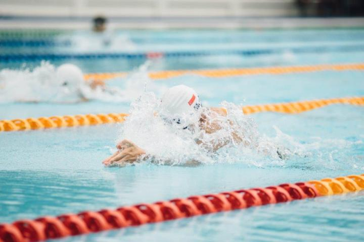 Swim lanes are handy for pools and contract processes - they keep people on track!