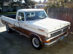 1972_Ford_F-250_Camper_Special_pickup