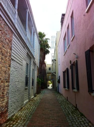 alleyway Charleston