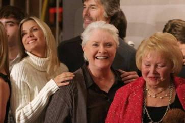 """""""Ho sconfitto il cancro"""": la star di Beautiful irriconoscibile dopo la scomparsa dalla soap"""