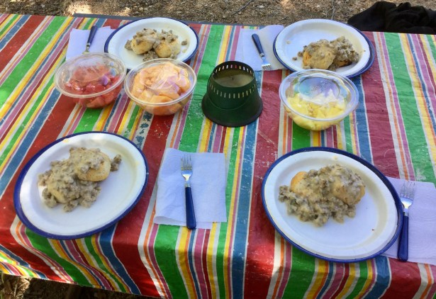 Easy Camping Breakfasts Meals Biscuits And Gravy Cheers Nature