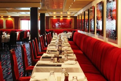 Das Alizar Restaurant (inklusive) an Bord