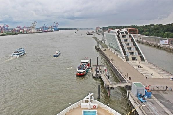 Die Norwegian Jade in Hamburg Dockland