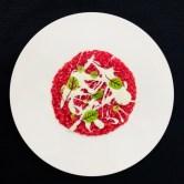 Ginevra Carnaroli del delta del Po in risotto alla rapa rossa con fonduta di Gavoi e Vene Kress