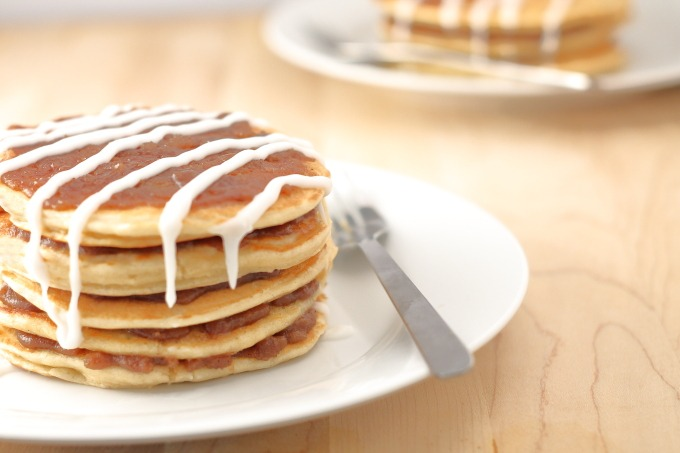 Cinnamon Roll Pancakes; big fluffy pancakes with all the cinnamon brown sugary goodness of cinnamon rolls. Even the icing! Fast enough to make anytime, or for dinner, I don't judge.