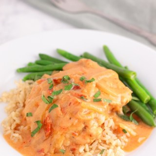 Smothered Chicken Skillet { weeknight fast }
