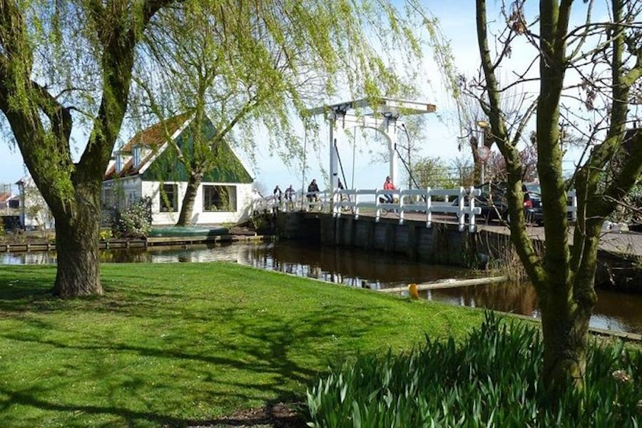 Dutch Villages & Countryside Bike Tour