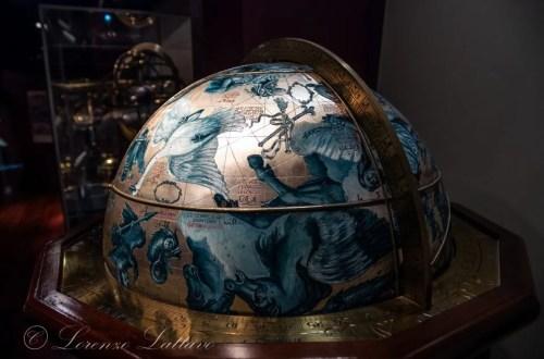 Mappamondo delle costellazioni al Museo delle Arti Turche ed Islamiche di istanbul
