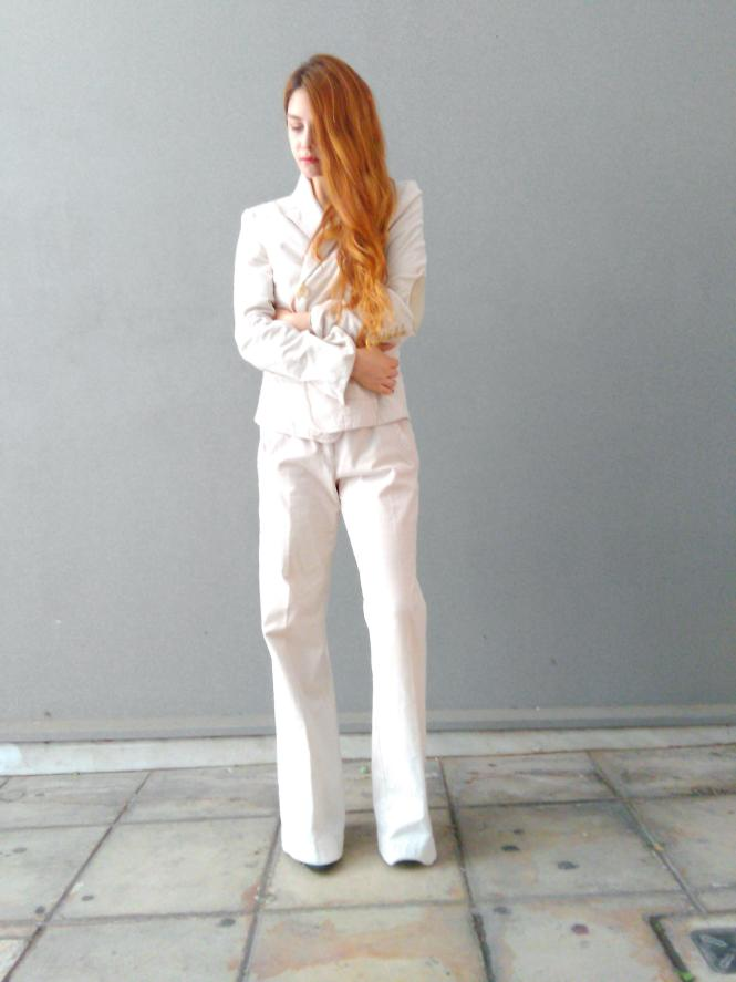 how to wear white pantsuits