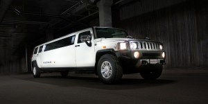 white limo car