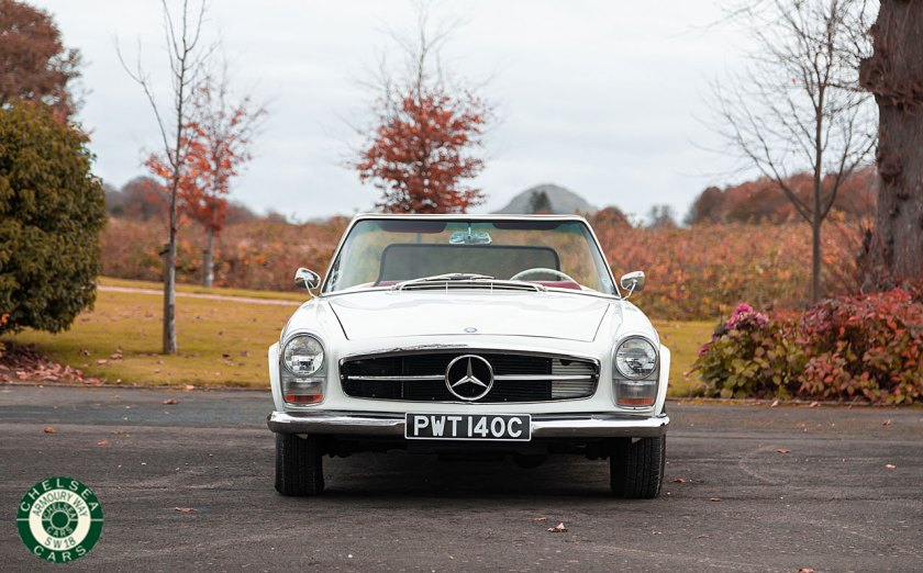 Photo 1966 Mercedes 230SL LHD For sale