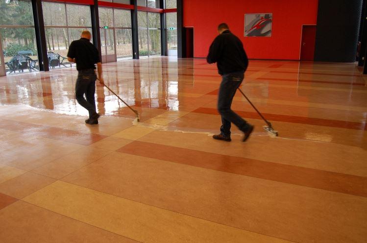 Linoleum vloer schoonmaken arnhem chem dry doornenbal