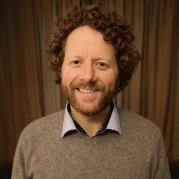 Dr. Rob McElroy