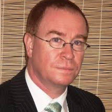Dr Neil Calder