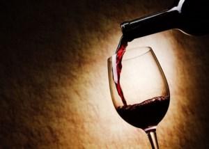 Αρσενικό και κόκκινο κρασί