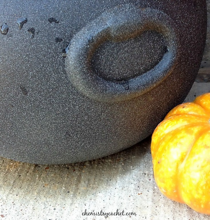 Make your own stone cauldron for a potted plant this fall! chemistrycachet.com