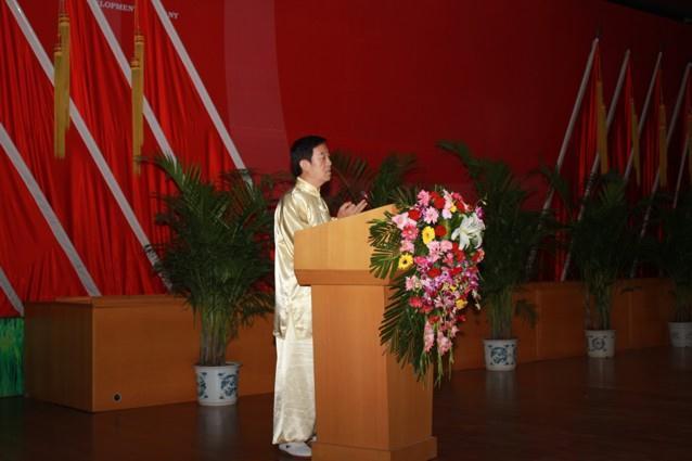 chen-zhenglejeva-predstavitev-taijiquana