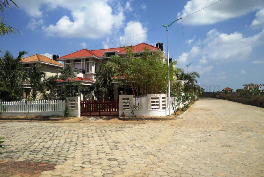 Farmhouse ECR Lovely Gated Villa Holiday Home For Sale