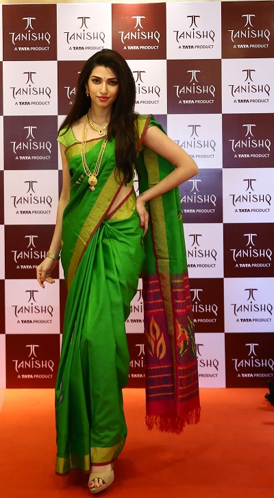 TANISHQ - INDIA'S MOST LOVED JEWELLER, NOW BIGGER & NEWER IN VELACHERY