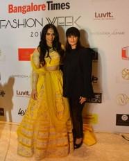 Saina Nehwal & Neeta Lulla at Bangalore Times Fashion Week at JW Marriott on 08th Oct 2017_2