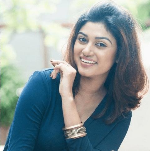 Actress_Oviya