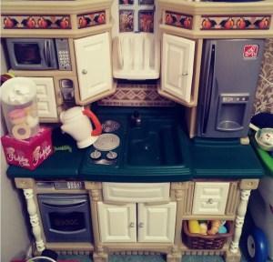 Kids kitchen play sets