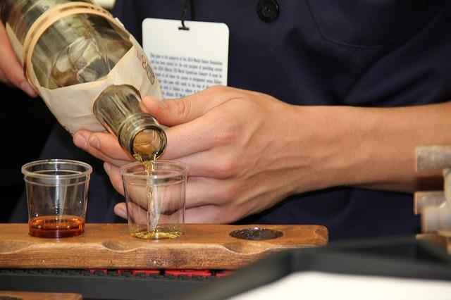 Bourbon Tasting – Downtown Woodstock